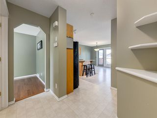 Photo 4: 48 SOMERSIDE Grove SW in Calgary: Somerset Detached for sale : MLS®# A1031894