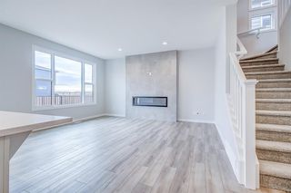 Photo 5: 12 Cranbrook Bay SE in Calgary: Cranston Detached for sale : MLS®# A1042185