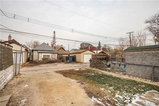 Photo 36: 359 Union Avenue in Winnipeg: Elmwood Residential for sale (3A)  : MLS®# 202028125