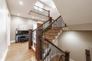 Photo 11: 8030 SPRING WILLOW Drive SW in Calgary: Springbank Hill Detached for sale : MLS®# A1058220