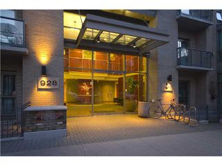 "Photo 2: # 2001 928 RICHARDS ST in Vancouver: Downtown VW Condo for sale in ""THE SAVOY"" (Vancouver West)  : MLS®# V860098"