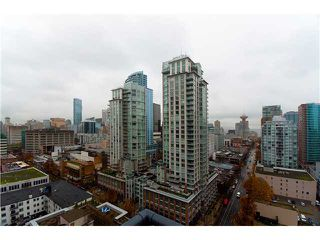 "Photo 5: # 2001 928 RICHARDS ST in Vancouver: Downtown VW Condo for sale in ""THE SAVOY"" (Vancouver West)  : MLS®# V860098"