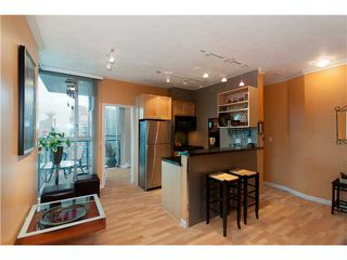 "Photo 4: # 2001 928 RICHARDS ST in Vancouver: Downtown VW Condo for sale in ""THE SAVOY"" (Vancouver West)  : MLS®# V860098"