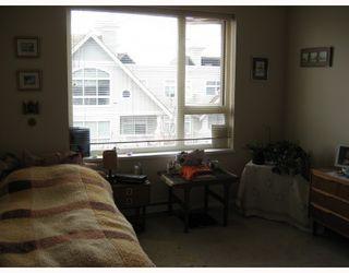 """Photo 3: 428 5888 DOVER Crescent in Richmond: Riverdale RI Condo for sale in """"PELICAN POINTE"""" : MLS®# V702334"""