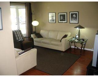 Photo 2: 686 ADSUM Drive in WINNIPEG: Maples / Tyndall Park Residential for sale (North West Winnipeg)  : MLS®# 2810559