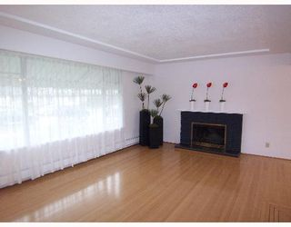 Photo 2: 5139 RUPERT Street in Vancouver: Collingwood VE House for sale (Vancouver East)  : MLS®# V632085