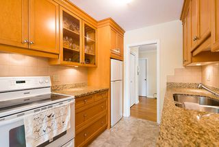 "Photo 6: 104 3784 W 16TH Avenue in Vancouver: Dunbar Condo for sale in ""Highbury Manor"" (Vancouver West)  : MLS®# R2389240"