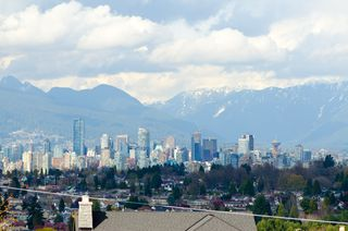 Photo 32:  in Vancouver: Home for sale : MLS®# v885670
