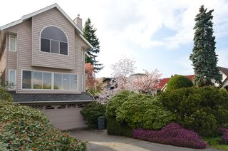 Photo 2:  in Vancouver: Home for sale : MLS®# v885670