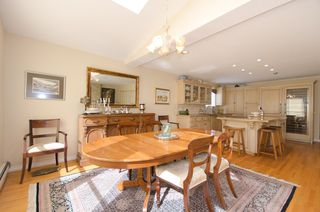 Photo 12:  in Vancouver: Home for sale : MLS®# v885670