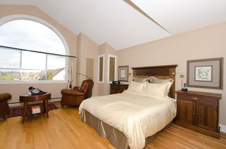 Photo 20:  in Vancouver: Home for sale : MLS®# v885670