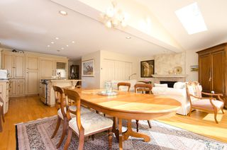 Photo 7:  in Vancouver: Home for sale : MLS®# v885670