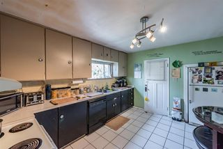 Photo 5: 1805 EIGHTH Avenue in New Westminster: West End NW House for sale : MLS®# R2399999