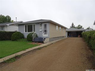 Main Photo: 738 McCarthy Boulevard in Regina: Mount Royal RG Residential for sale : MLS®# SK785410