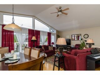 Photo 5: 938 STEVENS ST: White Rock House for sale (South Surrey White Rock)  : MLS®# F1449052