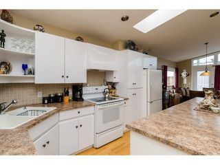 Photo 7: 938 STEVENS ST: White Rock House for sale (South Surrey White Rock)  : MLS®# F1449052