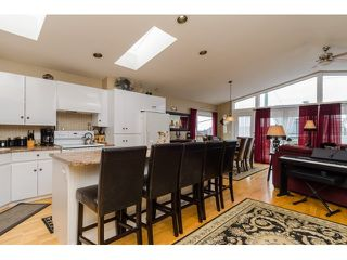 Photo 8: 938 STEVENS ST: White Rock House for sale (South Surrey White Rock)  : MLS®# F1449052