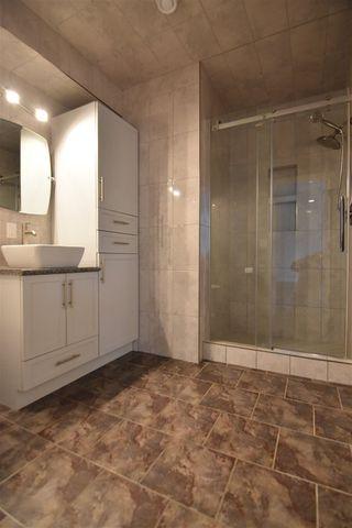 Photo 34: 417 CALDERON Crescent in Edmonton: Zone 27 House for sale : MLS®# E4204802