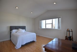 Photo 18: 417 CALDERON Crescent in Edmonton: Zone 27 House for sale : MLS®# E4204802