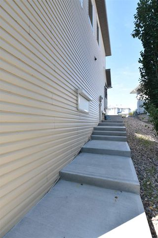 Photo 46: 417 CALDERON Crescent in Edmonton: Zone 27 House for sale : MLS®# E4204802