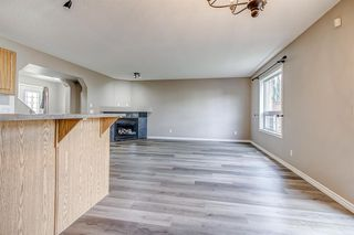 Photo 8: 52 COUGARSTONE Villa SW in Calgary: Cougar Ridge Detached for sale : MLS®# A1020063