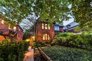 Main Photo: 390 Brunswick Avenue in Toronto: Annex House (3-Storey) for sale (Toronto C02)  : MLS®# C4951056