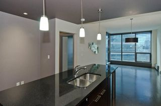 Photo 3: 1103 220 12 Avenue SE in Calgary: Beltline Apartment for sale : MLS®# A1044500