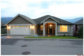 Photo 4: #32; 2990 - 20th Street N.E. in Salmon Arm: Upper Lakeshore Road Residential Detached for sale (Salmon Armq)  : MLS®# 10046022