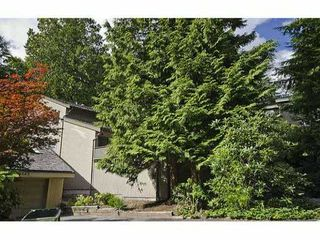 Photo 3: 5551 HUCKLEBERRY LN in North Vancouver: Grouse Woods House for sale : MLS®# V906922