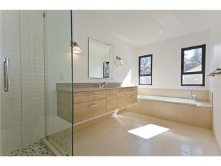 Photo 10: 5551 HUCKLEBERRY LN in North Vancouver: Grouse Woods House for sale : MLS®# V906922
