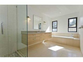 Photo 5: 5551 HUCKLEBERRY LN in North Vancouver: Grouse Woods House for sale : MLS®# V906922