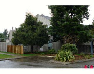 "Photo 1: 190 32550 MACLURE Road in Abbotsford: Abbotsford West Townhouse for sale in ""CLEARBROOK VILLAGE"" : MLS®# F2805989"