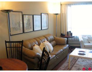 "Photo 3: 310 15111 RUSSELL Avenue in White_Rock: White Rock Condo for sale in ""Pacific Terrace"" (South Surrey White Rock)  : MLS®# F2811011"