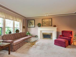 Photo 7: 4 6061 W Boundary Drive in Surrey: Boundary Drive to Railroad Townhouse for sale : MLS®# F2819610