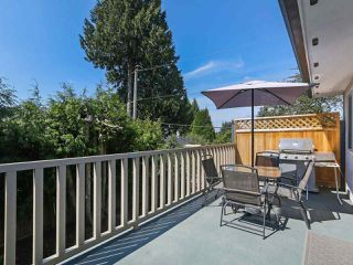 Photo 8: 1479 CELESTE Crescent in Port Coquitlam: Mary Hill House for sale : MLS®# R2390707