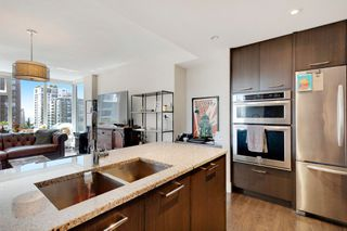 "Photo 8: 603 150 W 15TH Street in North Vancouver: Central Lonsdale Condo for sale in ""15 West"" : MLS®# R2397830"