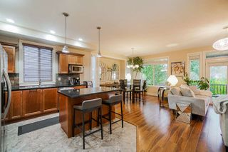 """Photo 4: 6672 195 Street in Surrey: Clayton House for sale in """"Clayton Heights"""" (Cloverdale)  : MLS®# R2411157"""