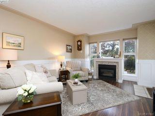 Photo 2: 103 400 Dupplin Road in VICTORIA: SW Rudd Park Condo Apartment for sale (Saanich West)  : MLS®# 417441