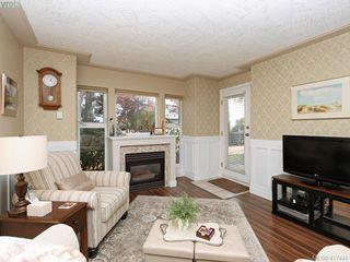 Photo 4: 103 400 Dupplin Road in VICTORIA: SW Rudd Park Condo Apartment for sale (Saanich West)  : MLS®# 417441
