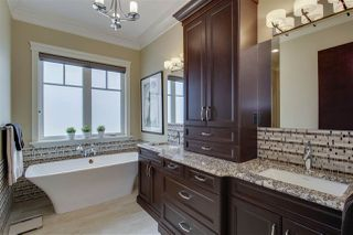Photo 11: 2790 WHEATON Drive in Edmonton: Zone 56 House for sale : MLS®# E4185943