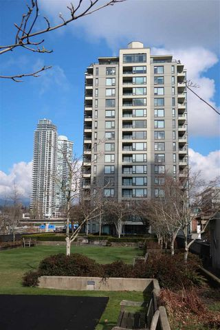 "Photo 1: 1701 4182 DAWSON Street in Burnaby: Brentwood Park Condo for sale in ""TANDEM 3"" (Burnaby North)  : MLS®# R2441951"