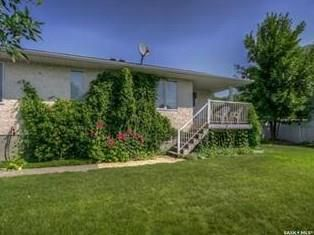 Photo 15: 734 Sun Valley Drive in Estevan: Bay Meadows Residential for sale : MLS®# SK808760