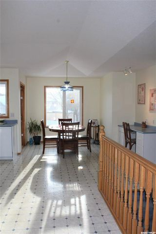 Photo 4: 734 Sun Valley Drive in Estevan: Bay Meadows Residential for sale : MLS®# SK808760