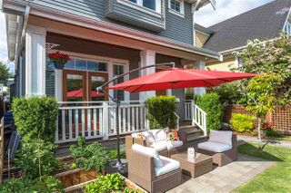 Photo 2: 1751 E 2ND AVENUE in Vancouver: Grandview Woodland 1/2 Duplex for sale (Vancouver East)  : MLS®# R2463595