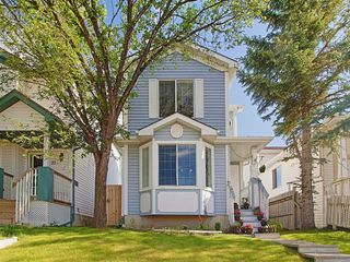 Main Photo: 19 MARTIN CROSSING Rise NE in Calgary: Martindale Detached for sale : MLS®# A1014447