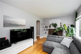Photo 4: 222 Neil Avenue in Winnipeg: East Kildonan Residential for sale (3D)  : MLS®# 202022763