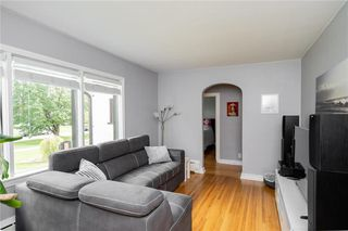 Photo 5: 222 Neil Avenue in Winnipeg: East Kildonan Residential for sale (3D)  : MLS®# 202022763