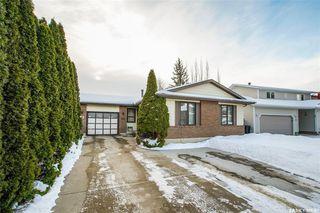 Photo 2: 62 Roborecki Terrace in Saskatoon: Silverwood Heights Residential for sale : MLS®# SK836258