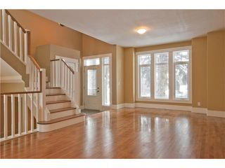 Photo 3:  in CALGARY: Mount Pleasant House for sale (Calgary)  : MLS®# C3505360