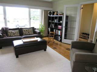 Photo 4: 5767 SOPHIA Street in Vancouver: Main House for sale (Vancouver East)  : MLS®# V697885